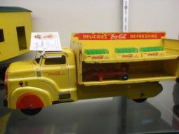 rare-cocacola-truck.jpg