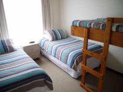 EasternBeachBunk-room.jpg