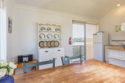 amhurst-kitchen.jpg