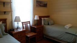accommodation-twin.jpg